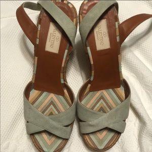 """Valentino Garavani """"1975 Native Couture"""""""
